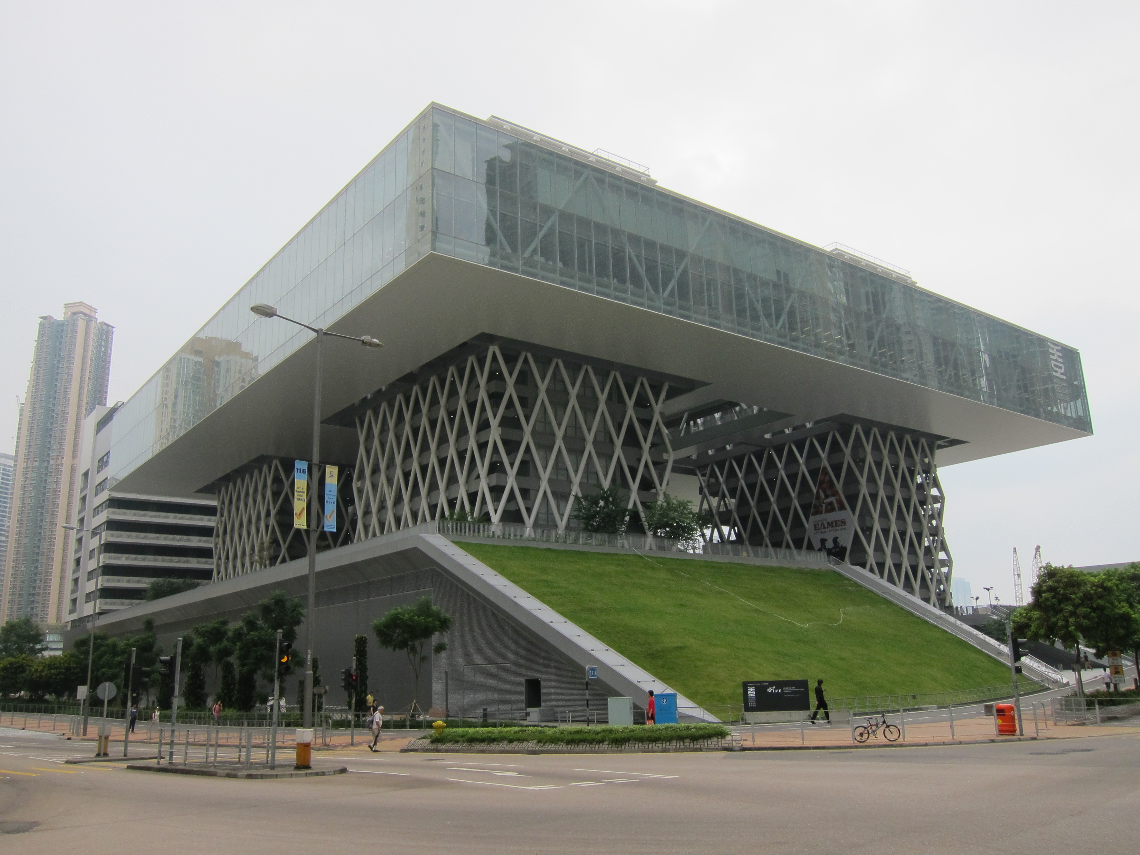 New Campus for the Hong Kong Design Institute & The Reprovisioning of the IVE Lee Wai Lee Campus, TKO